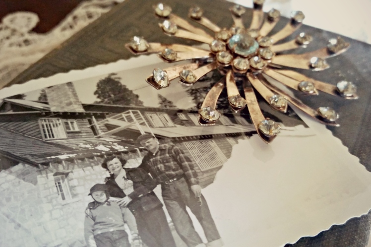 Throwback Thursday: Great-Grandma's Vintage Holiday Jewelry | Strawberry Moon Blog